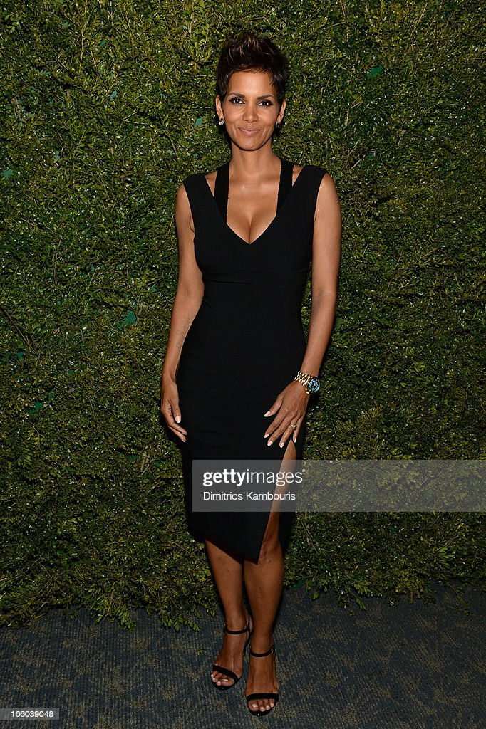 Halle Berry attends a dinner in honor of Halle Berry as she joins Michael Kors and the United Nations World Food Programme to help fight world hunger...