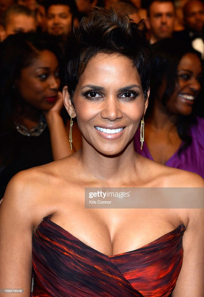 Halle Berry attends BET Honors 2013 at Warner Theatre on January 12, 2013 in Washington, DC.