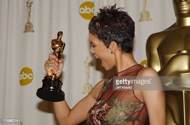 Halle Berry during The 74th Annual Academy Awards Press Room at Kodak Theater in Hollywood California United States
