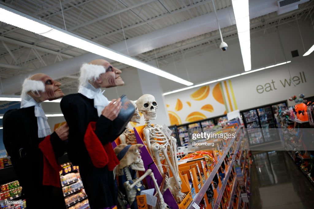 Halloween decorations are displayed at a Walgreen Co. store in Louisville, Kentucky, U.S., on Monday, Sept. 30, 2013. Walgreen Co., the biggest U.S. drugstore chain, is expected to report fourth-quarter earnings before the opening of U.S financial markets on Oct. 1. Photographer: Luke Sharrett/Bloomberg via Getty Images
