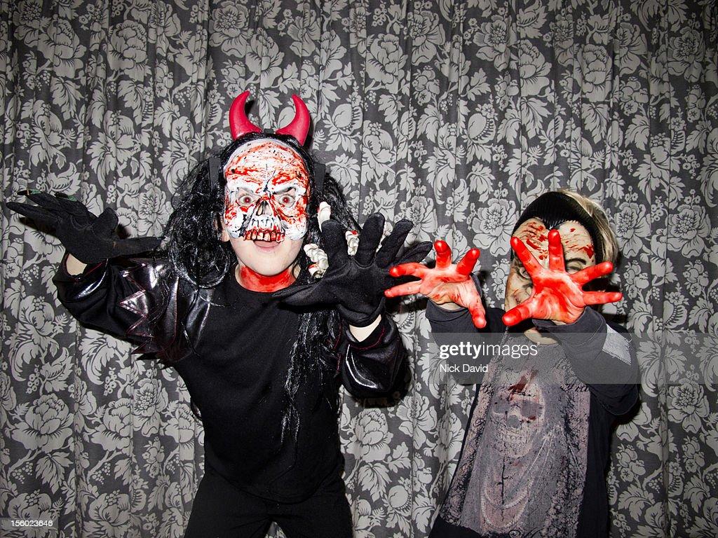 halloween kids dressing up : Stock Photo