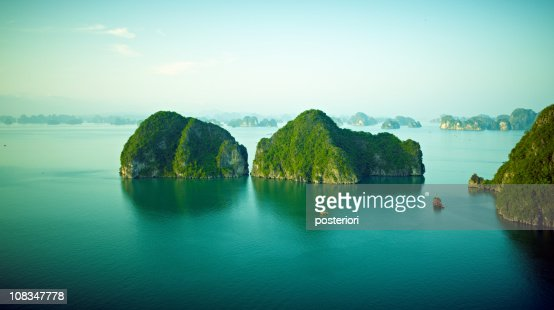 Halong Bay vietnam : Stock Photo