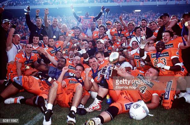 Hamburg HAMBURG BLUE DEVILS BRAUNSCHWEIG LIONS 2327 Champions League Sieger 1999 Braunschweig Lions