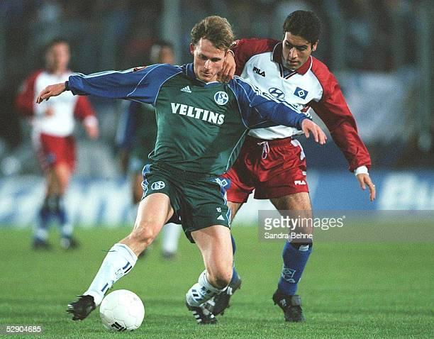 1 BUNDESLIGA 99/00 Hamburg HAMBURGER SV FC SCHALKE 04 31 Niels Oude KAMPHUIS/SCHALKE Mehdi MAHDAVIKIA/HSV
