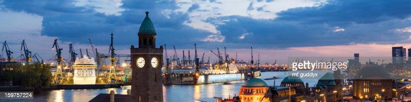 Hamburg harbour, Elbe river