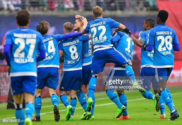 FBL-GER-BUNDESLIGA-LEIPZIG-HAMBURG : News Photo