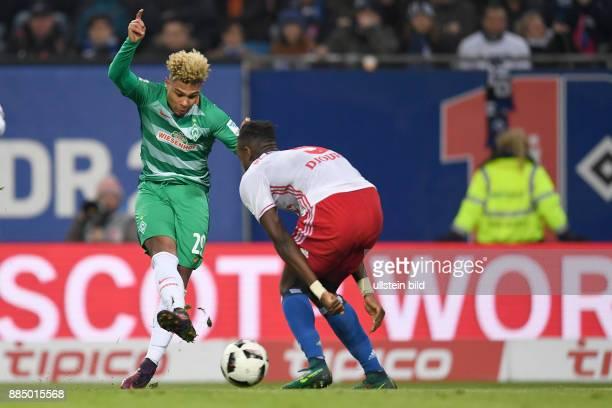 FUSSBALL 1 BUNDESLIGA 12 SPIELTAG SAISON Hamburger SV SV Werder Bremen Serge Gnabry erzielt das Tor zum 22 Johan Djourou kann den Treffer nicht...
