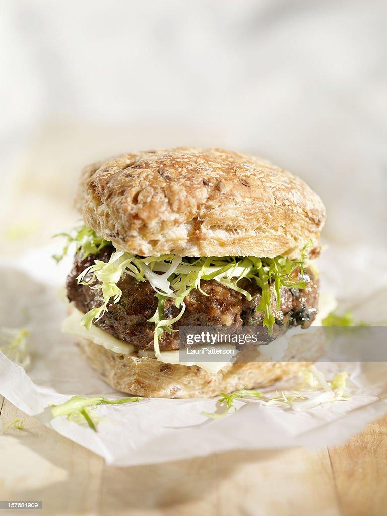 Hamburger with Havarti Cheese and Mixed Greens