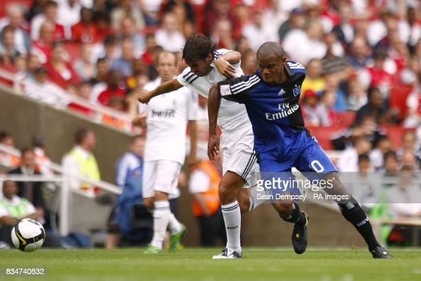 Hamburg's Vincent Kompany and Real Madrid's Raul