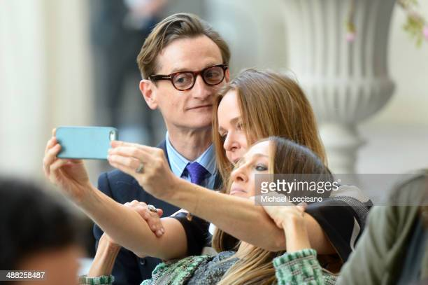Hamish Bowles Stella McCartney and Sarah Jessica Parker attend the Anna Wintour Costume Center Grand Opening at the Metropolitan Museum of Art on May...