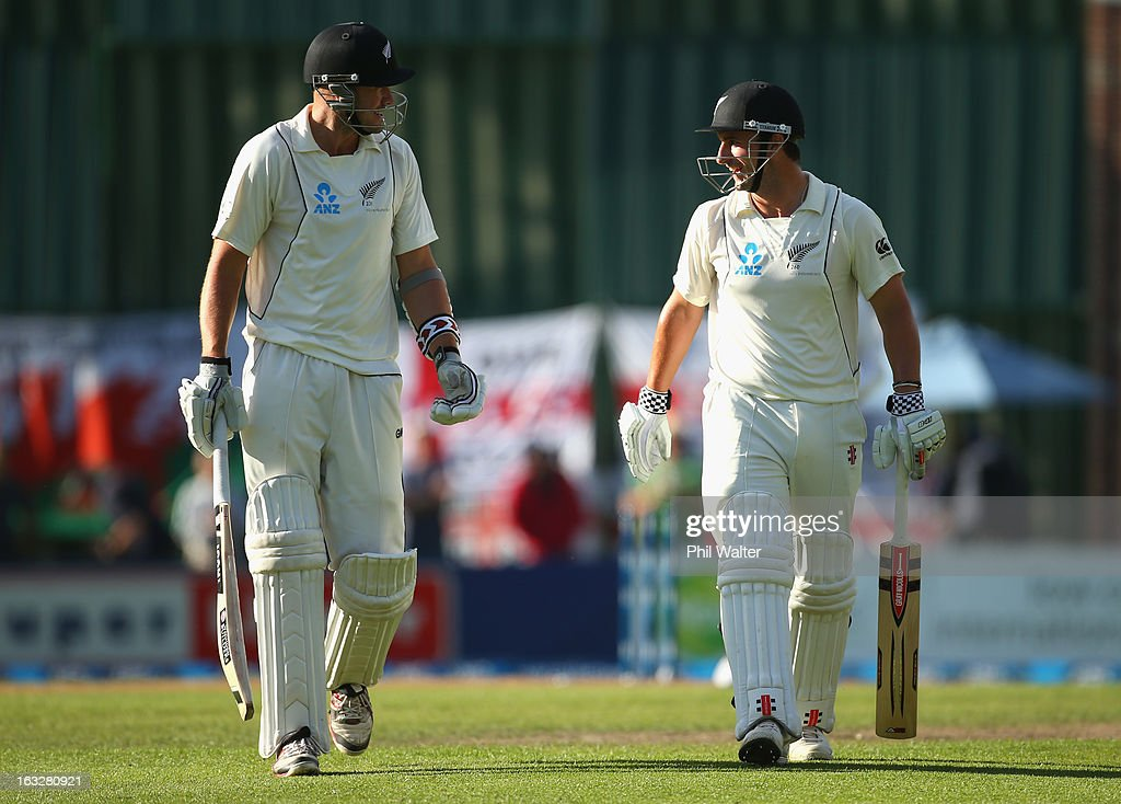 Hamish Rutherford (R) and Peter Fulton (L) of New Zealand leave the field at the end of day two of the First Test match between New Zealand and England at University Oval on March 7, 2013 in Dunedin, New Zealand.