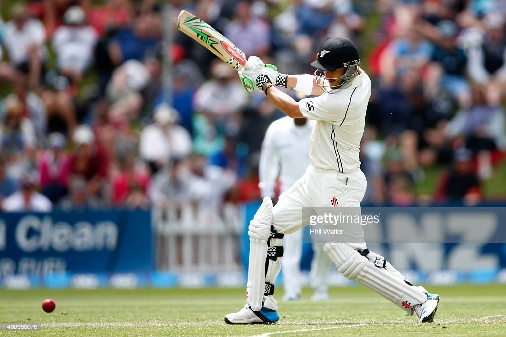 Hamish Rutherford of New Zealand bats during day one of the Second Test match between New Zealand and Sri Lanka at Basin Reserve on January 3 2015 in...