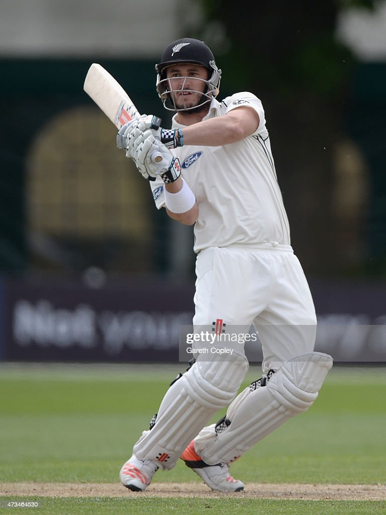 <a gi-track='captionPersonalityLinkClicked' href=/galleries/search?phrase=Hamish+Rutherford&family=editorial&specificpeople=4880824 ng-click='$event.stopPropagation()'>Hamish Rutherford</a> of New Zealand bats during the Tour Match between Worcestershire and New Zealand at New Road on May 15, 2015 in Worcester, England.