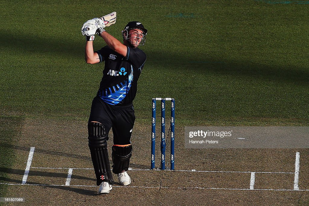 Hamish Rutherford of New Zealand pulls the ball away for six runs during the international Twenty20 match between New Zealand and England at Seddon Park on February 12, 2013 in Hamilton, New Zealand.