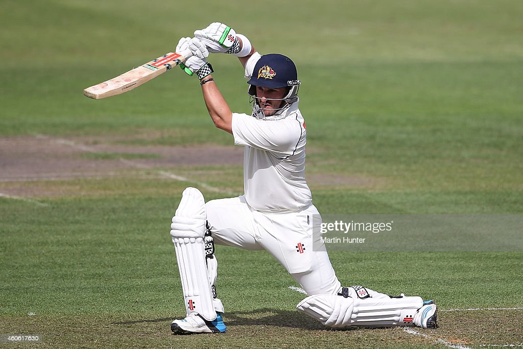 <a gi-track='captionPersonalityLinkClicked' href=/galleries/search?phrase=Hamish+Rutherford&family=editorial&specificpeople=4880824 ng-click='$event.stopPropagation()'>Hamish Rutherford</a> of Otago bats during the Plunket Shield match between Otago and Canterbury at Rangiora on December 18, 2014 in Christchurch, New Zealand.