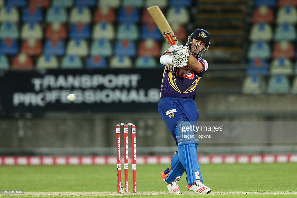Hamish Rutherford of the Volts bats during the Georgie Pie Super Smash Final match between the Auckland Aces and Otago Volts at Yarrow Stadium on...