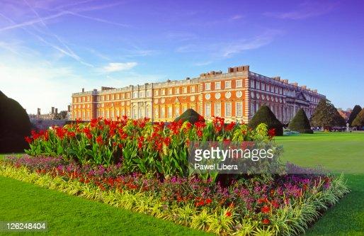 Hampton Court Palace : Stock Photo