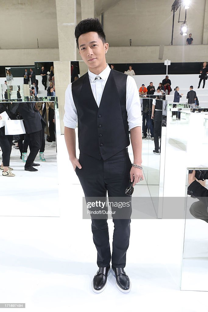 <a gi-track='captionPersonalityLinkClicked' href=/galleries/search?phrase=Han+Geng&family=editorial&specificpeople=5862188 ng-click='$event.stopPropagation()'>Han Geng</a> attends Dior Homme Menswear Spring/Summer 2014 show as part of Paris Fashion Week on June 29, 2013 in Paris, France.