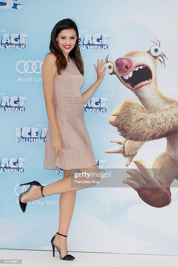 <a gi-track='captionPersonalityLinkClicked' href=/galleries/search?phrase=Hana+Nitsche&family=editorial&specificpeople=4595447 ng-click='$event.stopPropagation()'>Hana Nitsche</a> attends the 'Ice Age - Kollision Voraus' German Premiere at CineStar on June 26, 2016 in Berlin, Germany.