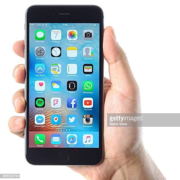ハンド保持 アップルの iPhone 6 プラス