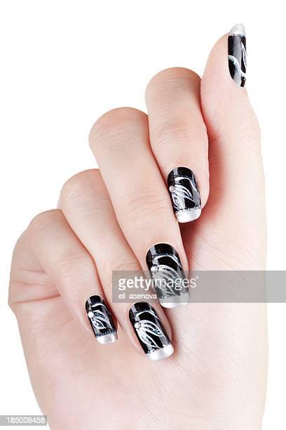 Mains avec nail art