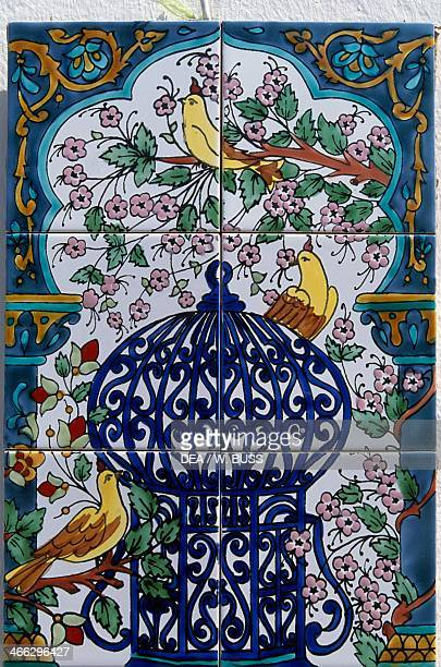 Handcrafted painted ceramic tile Tunisia