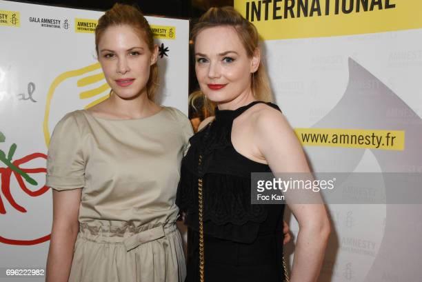 Hande KodjaÊand JulieJudd attend Amnesty International 'Musique Contre L'Oubli' Gala Ceremony Gala Ceremony after Dinner at Maison Blanche on June14...