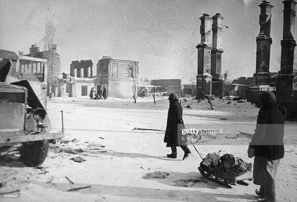 A handful of people remained on Stalingrad's streets during its siege by the Nazis Many citizens remained in villages on the opposite bank of the...