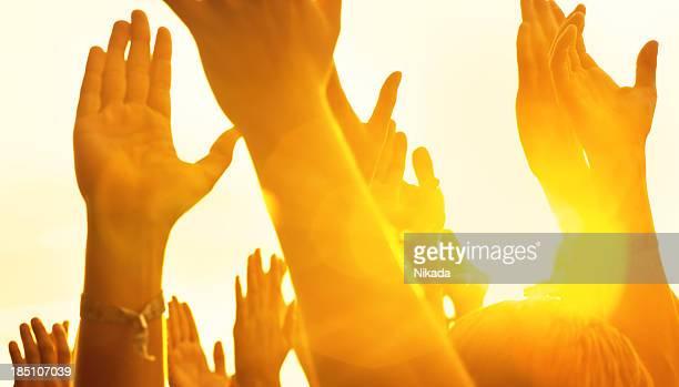 Mani in un concerto di musica