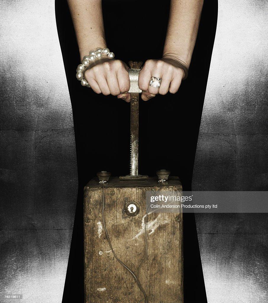 Hands on detonator
