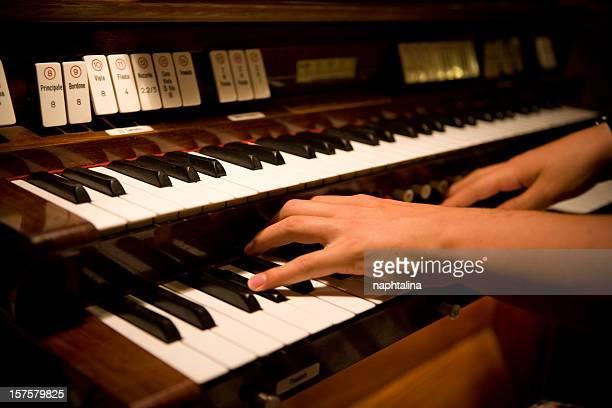 hands on organ