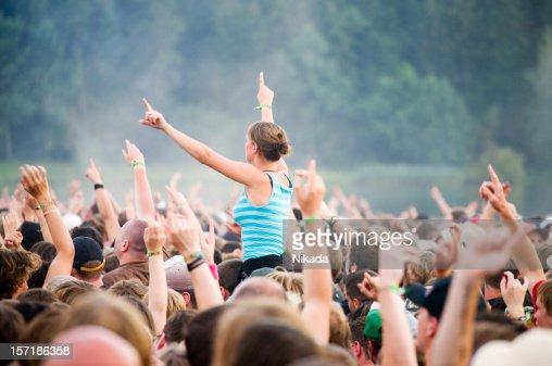 hands up - rock festival