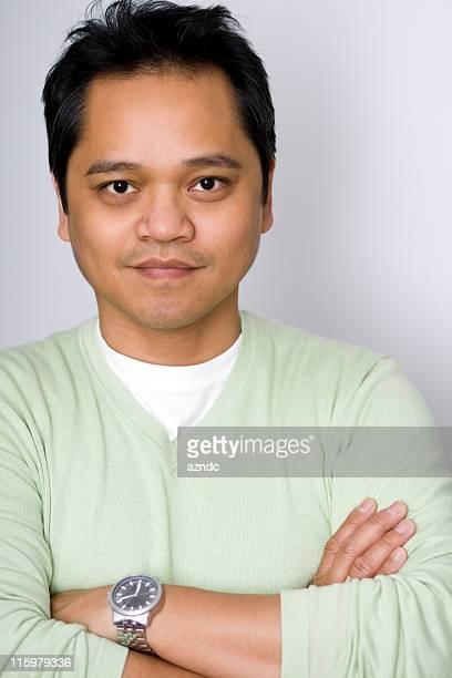 Bonito homem asiático
