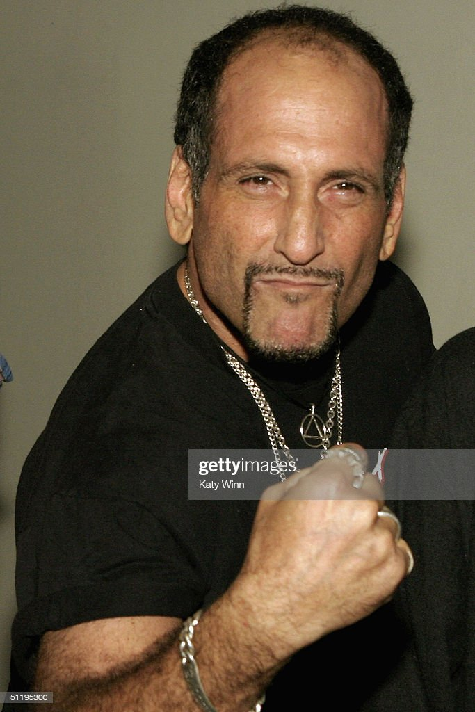 Handsome Dick Manitoba of The Dictators attends the premiere of 'End Of The Century The Story Of The Ramones'at CBGB on August 19 2004 in New York...