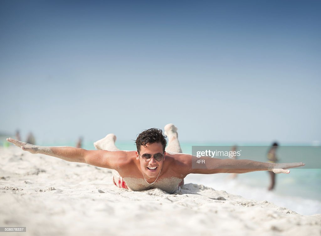 Gut aussehender Mann, Spaß in South Beach, Miami : Stock-Foto