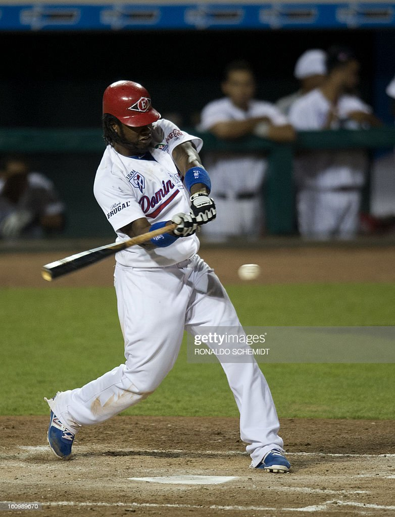Hanley Ramirez of Leones del Escogido of Dominican Republic, bats against Yaquis de Obregon of Mexico, during the final match of the 2013 Caribbean baseball series, on February 7, 2013, in Hermosillo, Sonora State, in the northern of Mexico. AFP PHOTO/Ronaldo Schemidt