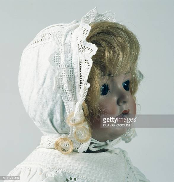 Hanna doll with eyelet fabric cap made by Schoenau and Hoffmeister Germany 20th century Detail Germany