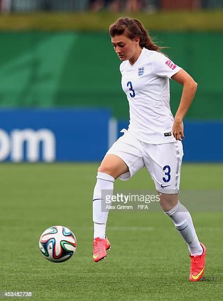 Hannah Blundell of England controles the ball during the FIFA U20 Women's World Cup Canada 2014 group C match between England and Mexico at Moncton...