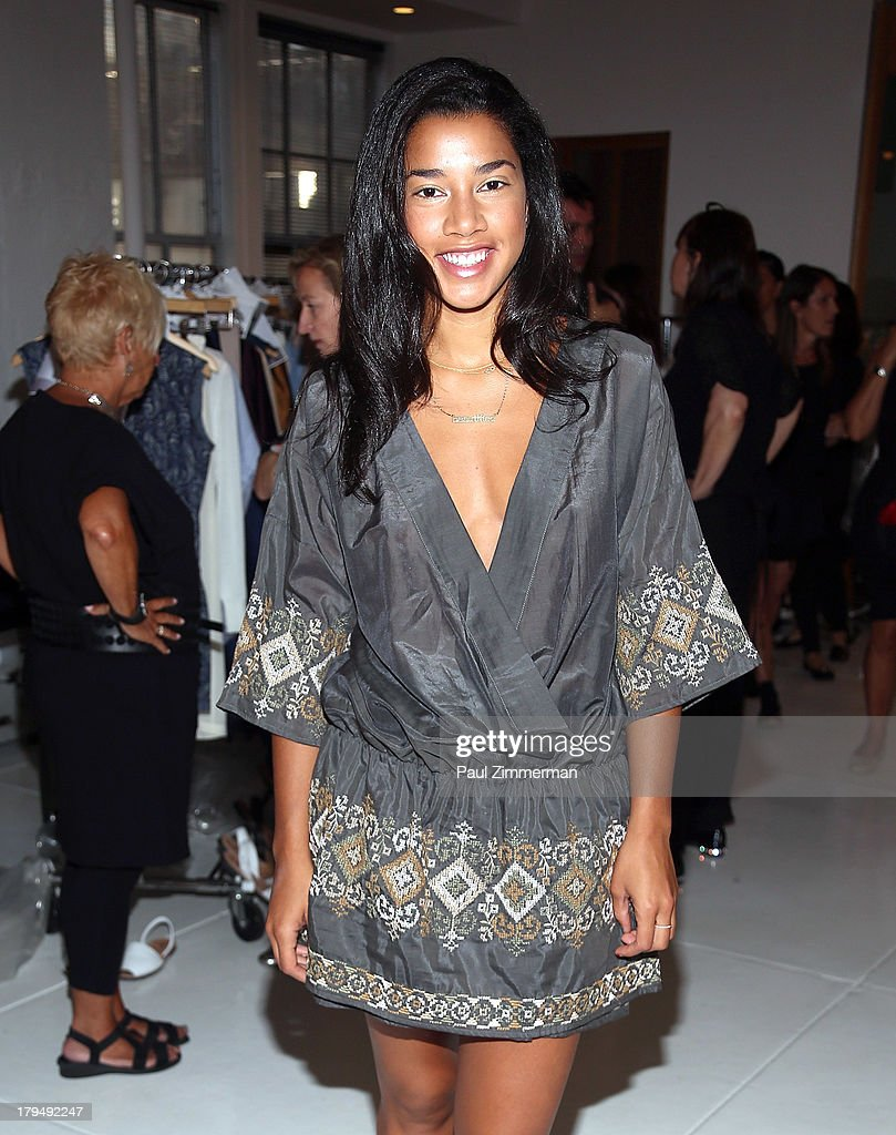 DJ <a gi-track='captionPersonalityLinkClicked' href=/galleries/search?phrase=Hannah+Bronfman&family=editorial&specificpeople=2569204 ng-click='$event.stopPropagation()'>Hannah Bronfman</a> attends the Organic By John Patrick show during Spring 2014 Mercedes-Benz Fashion Week on September 4, 2013 in New York City.