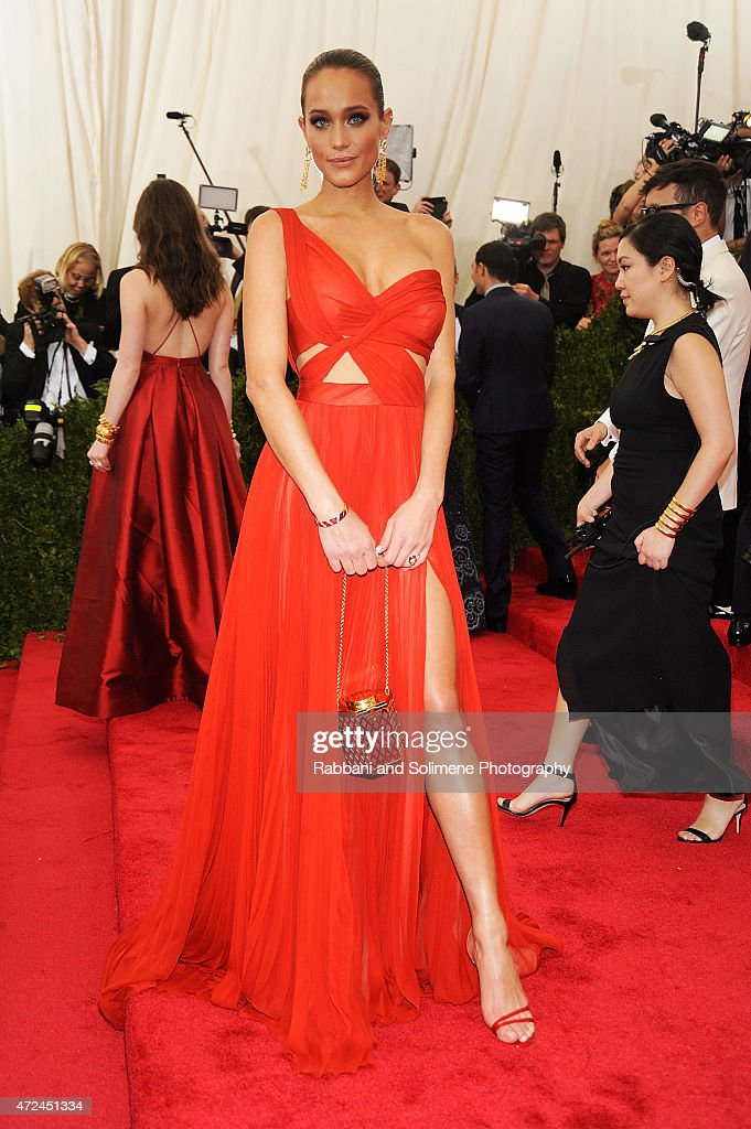 Hannah Davis arrives at 'China Through The Looking Glass' Costume Institute Benefit Gala at the Metropolitan Museum of Art on May 4 2015 in New York...