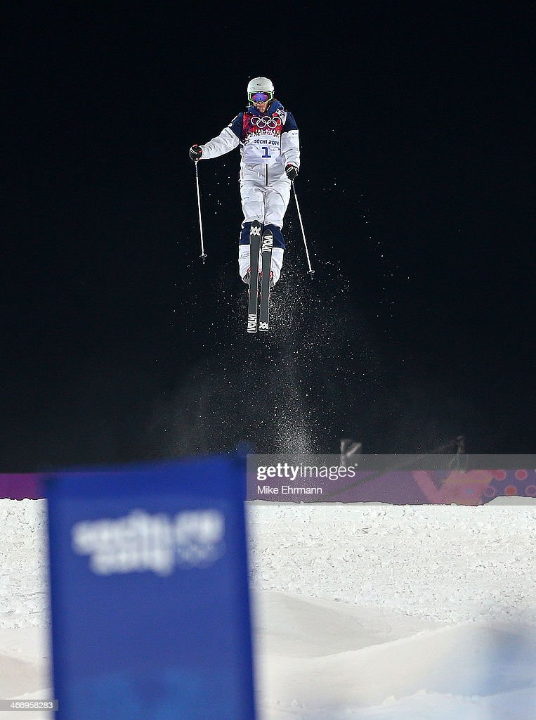 Hannah Kearney of the Untied States practices during training for Moguls competition at the Extreme Park at Rosa Khutor Mountain on February 5, 2014 in Sochi, Russia.