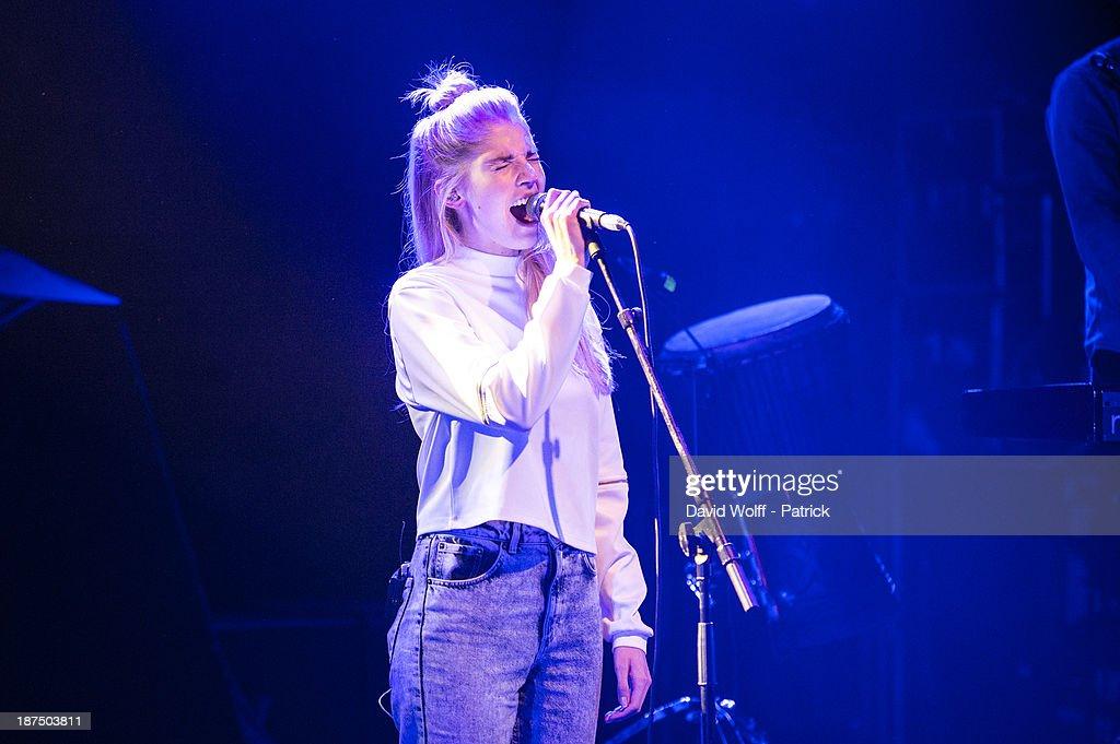 Hannah Reid from London Grammar performs during Les Inrocks Festival at La Cigale on November 9, 2013 in Paris, France.