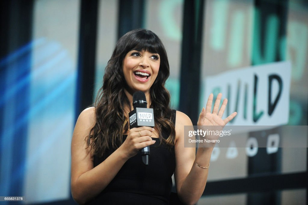 Hannah Simone attends Build Series to discuss 'Kicking & Screaming' at Build Studio on March 20, 2017 in New York City.