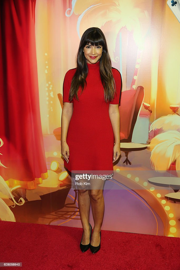 """America's Next Shuffle Cat"" Auditions With Hannah Simone"