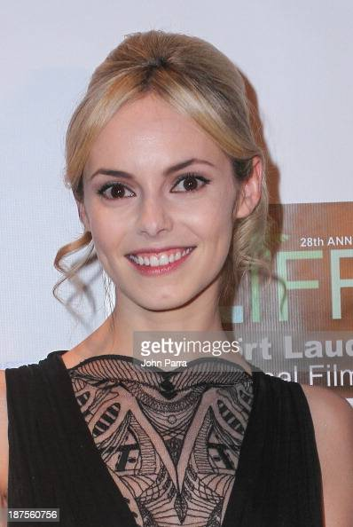 Hannah Tointon Nude Photos 85