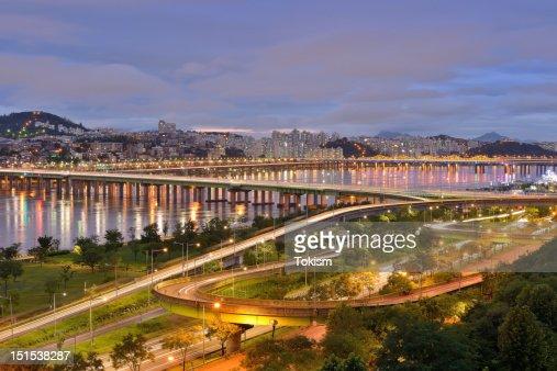 Hannam Bridge at night