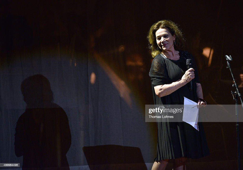 <a gi-track='captionPersonalityLinkClicked' href=/galleries/search?phrase=Hannelore+Elsner&family=editorial&specificpeople=628499 ng-click='$event.stopPropagation()'>Hannelore Elsner</a> performs during the anniversary concert Rilke Projekt Live 'Dir zur Feier' at Alte Oper on December 4, 2015 in Frankfurt am Main, Germany. The anniversary concert was held on the occasion of the 140th birthday of Rainer Maria Rilke (1875 - 1926).