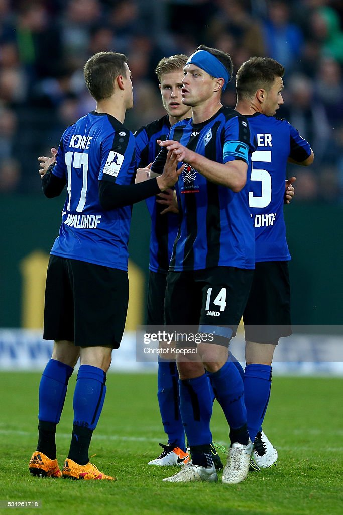 <a gi-track='captionPersonalityLinkClicked' href=/galleries/search?phrase=Hanno+Balitsch&family=editorial&specificpeople=635099 ng-click='$event.stopPropagation()'>Hanno Balitsch</a> of Mannheim (R) celebrates with Gianluca Korte of Mannheim (L) after the Third League play-off first leg match between SF Lotte and Waldhof Mannheim at Sportpark am Lotter Kreuz on May 25, 2016 in Lotte, Germany. The match between Lotte and Mannheim ended 0-0.