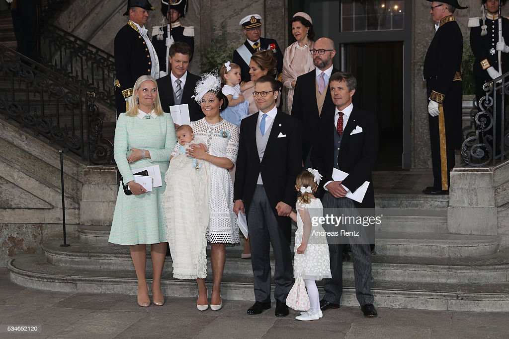 Hans Astrom, <a gi-track='captionPersonalityLinkClicked' href=/galleries/search?phrase=Princess+Madeleine+of+Sweden&family=editorial&specificpeople=160243 ng-click='$event.stopPropagation()'>Princess Madeleine of Sweden</a>; Princess Leonore of Sweden, Oscar Magnuson, (Front L-R) Crown Princess Mette-Marit of Norway, <a gi-track='captionPersonalityLinkClicked' href=/galleries/search?phrase=Crown+Princess+Victoria+of+Sweden&family=editorial&specificpeople=160266 ng-click='$event.stopPropagation()'>Crown Princess Victoria of Sweden</a>, Prince Oscar of Sweden, Prince Daniel of Sweden, Princess Estelle of Sweden and Crown <a gi-track='captionPersonalityLinkClicked' href=/galleries/search?phrase=Prince+Frederik+of+Denmark&family=editorial&specificpeople=171286 ng-click='$event.stopPropagation()'>Prince Frederik of Denmark</a> are seen after the christening of Prince Oscar of Sweden at Royal Palace of Stockholm on May 27, 2016 in Stockholm, Sweden.