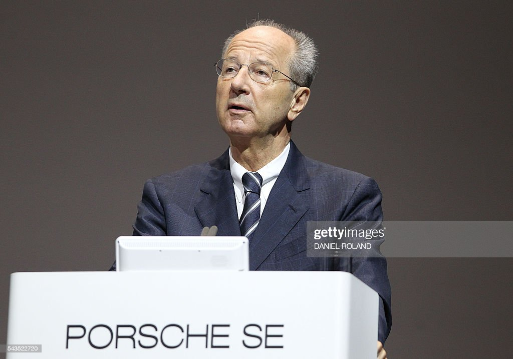 Hans Dieter Poetsch, CEO of German company Porsche SE addresses the audience during the company's annual shareholder meeting in Stuttgart, on June 29, 2016. / AFP / DANIEL